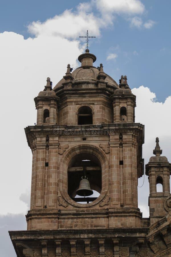 Cloche-tour d'une église image libre de droits