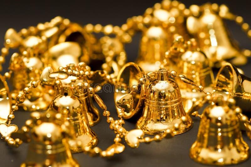 Cloches d'or photos libres de droits