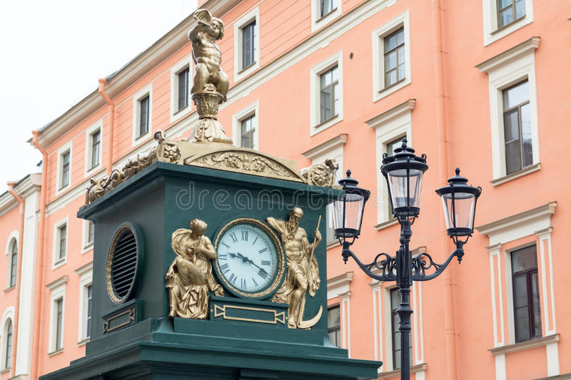 Download Clock And Lamp In Streets Of St. Petersburg, Russia Stock Photo - Image of daylight, statuary: 74234764