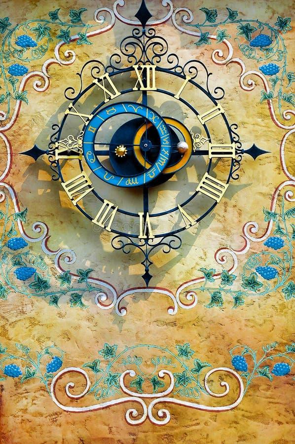clock väggen arkivfoton