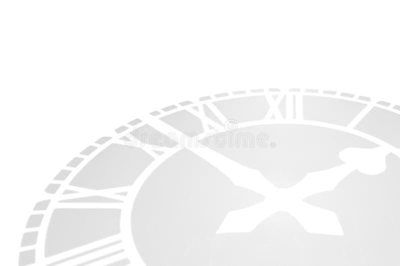 Clockface grigio che si trova su una priorità bassa bianca. illustrazione di stock