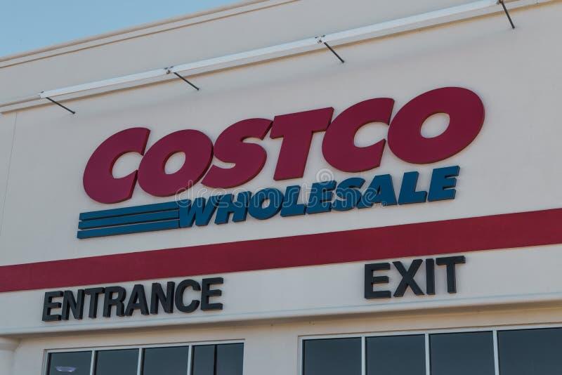 Cloe Up Costco Wholesale Sign-Ingangsuitgang royalty-vrije stock fotografie