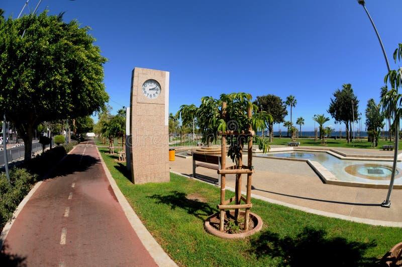 Download Cloick W Nowożytnym Deptaku - Limassol, Cypr Obraz Stock Editorial - Obraz złożonej z okręg, śródziemnomorski: 41952384