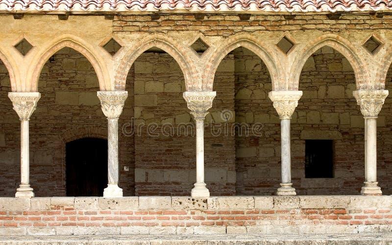 cloister arkivbild