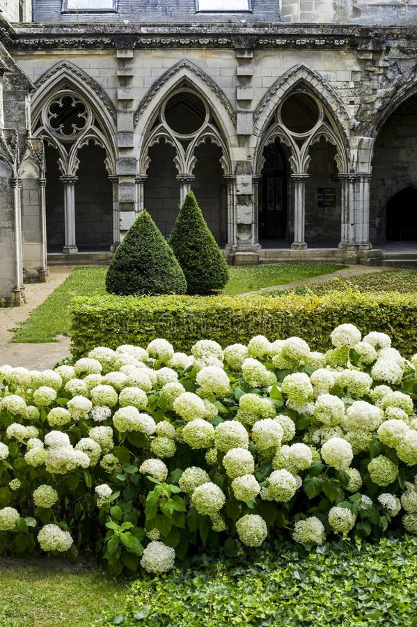 Download Cloister Of Abbey In Soissons Stock Image - Image: 27513095