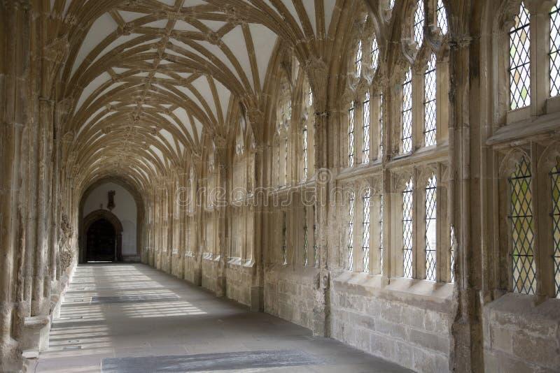 Download Cloister I Brunndomkyrkan, Somerset Fotografering för Bildbyråer - Bild av färgglatt, pelare: 27288003