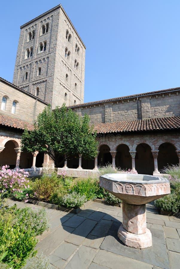 cloisters podwórze obrazy royalty free