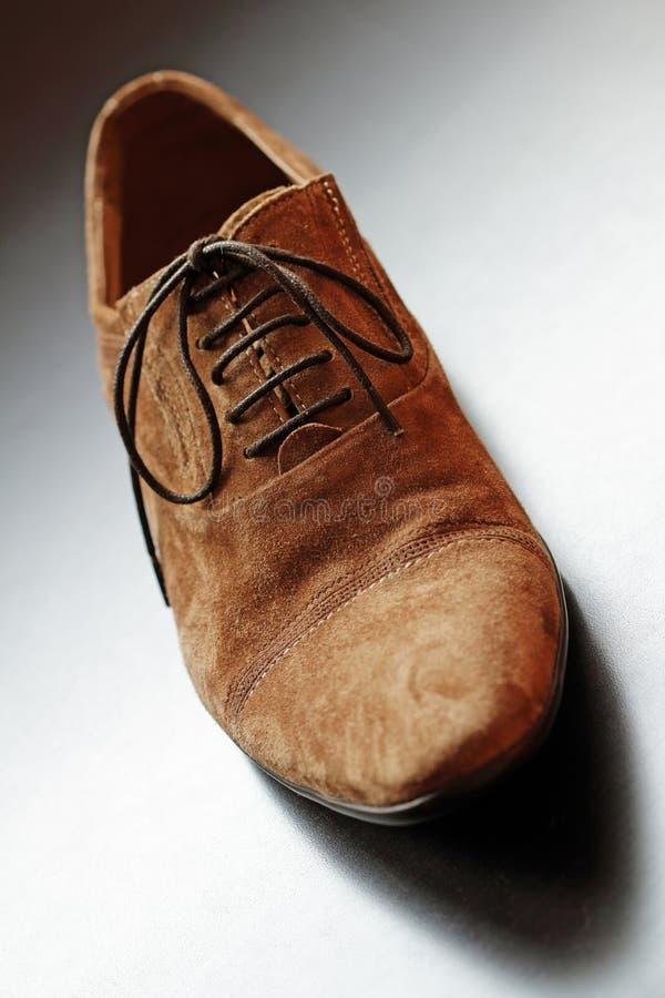 Close-up ботинка Mens коричневый. стоковые изображения rf