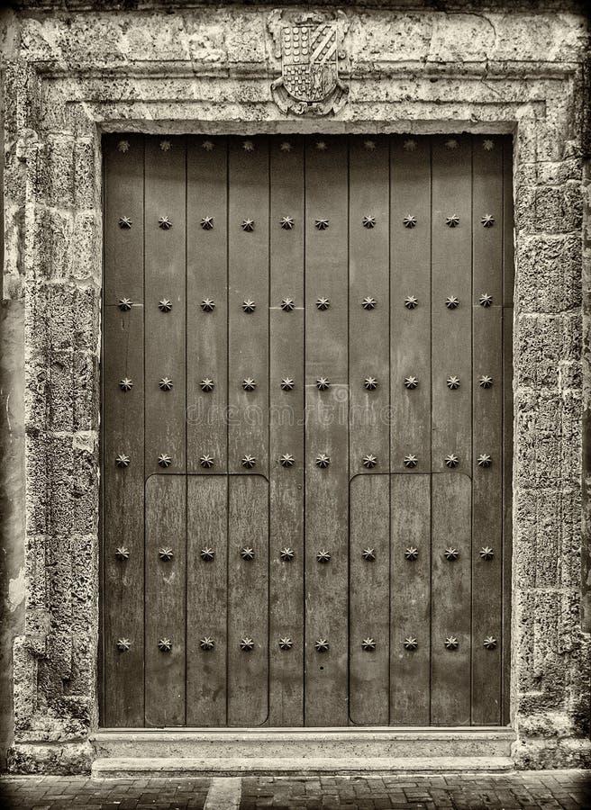 Close-up старых дверей Cartagena, Колумбии стоковая фотография rf