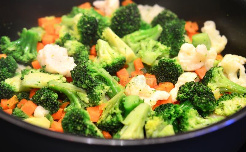 Close up cozinhado dos vegetais imagem de stock