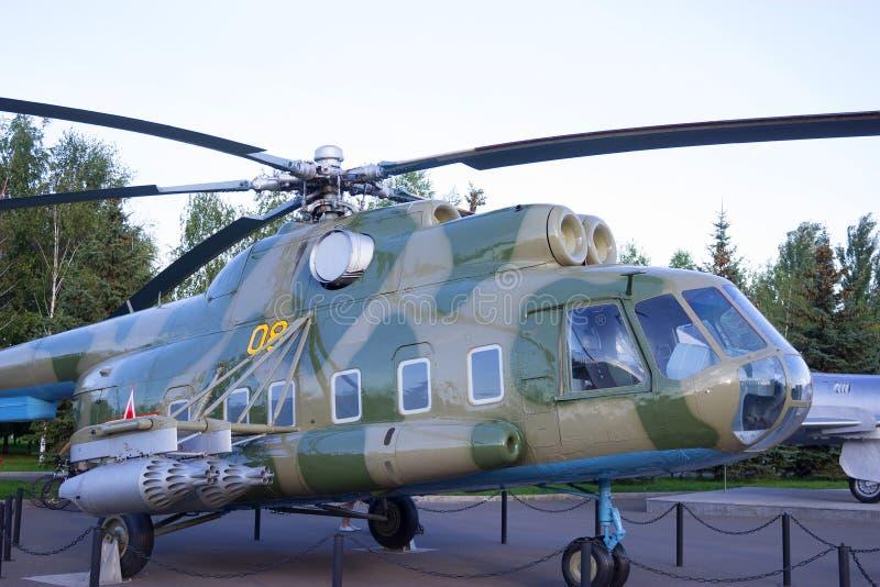 Close up da cabine militar do helicóptero imagens de stock