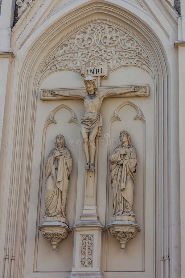 Close up da imagem de Jesus Christ Sculpture na cruz fotos de stock royalty free