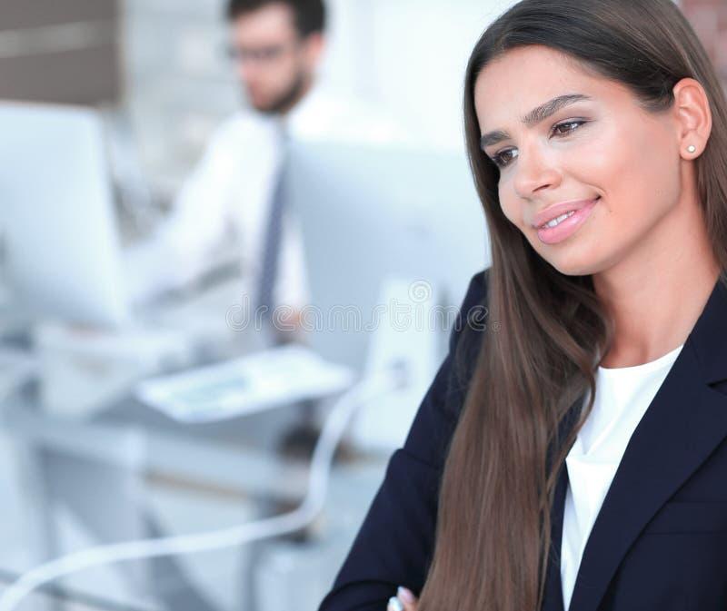 Close up da mulher de negócio segura fotos de stock royalty free