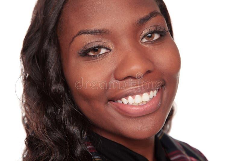 Close up da mulher de negócios de sorriso do americano africano foto de stock royalty free