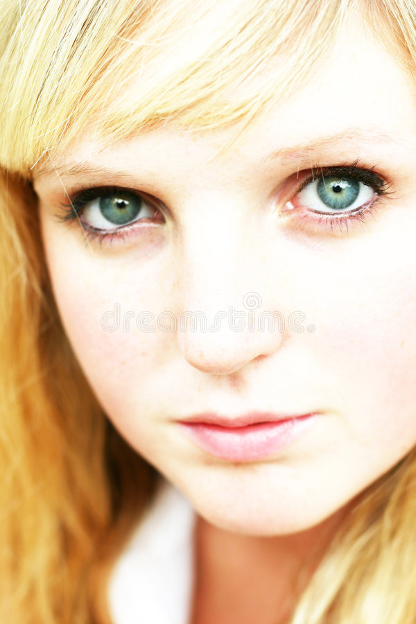 Close up da mulher nova fotografia de stock royalty free