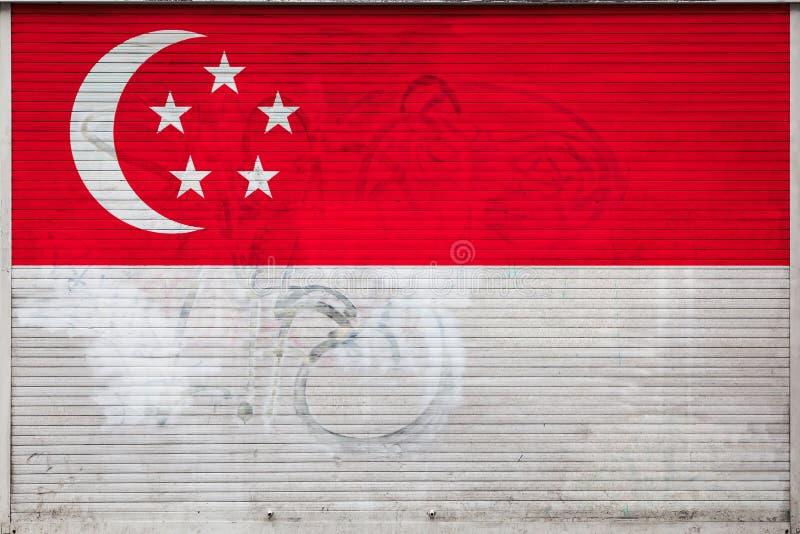 Close-up da parede velha do metal com bandeira nacional ilustração do vetor