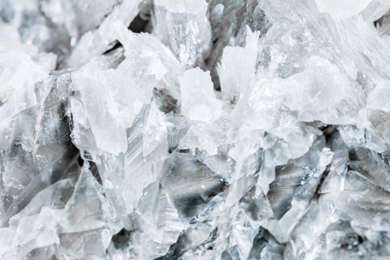 Close up da pedra mineral, do macro e dos detalhes da calcite branca fotografia de stock royalty free