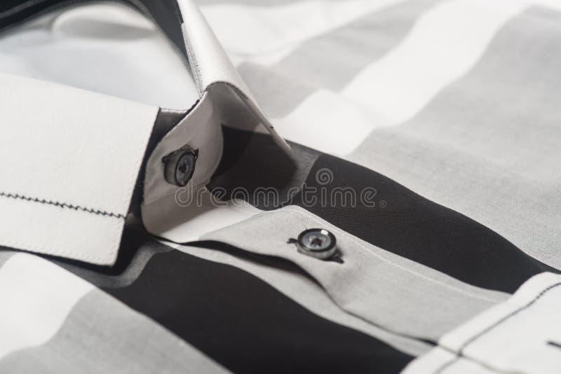 Close up das camisas close up das camisas do homem imagem de stock