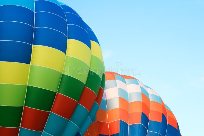 Close up de balões de ar quente coloridos imagem de stock royalty free