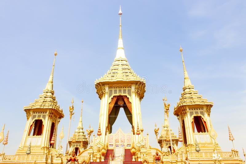 Close up de dourado do crematório real para o rei Bhumibol Adulyadej no 4 de novembro de 2017 fotos de stock royalty free