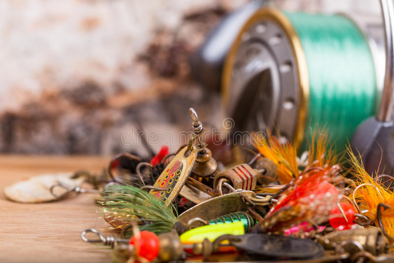 Close-up de lokmiddelen van het visserijaas met spoel stock foto's