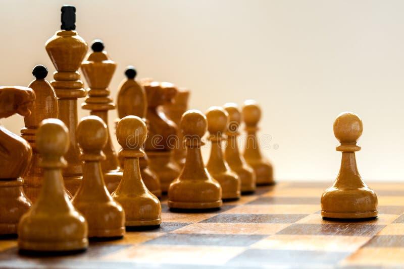 Close up de madeira das partes de xadrez fotografia de stock
