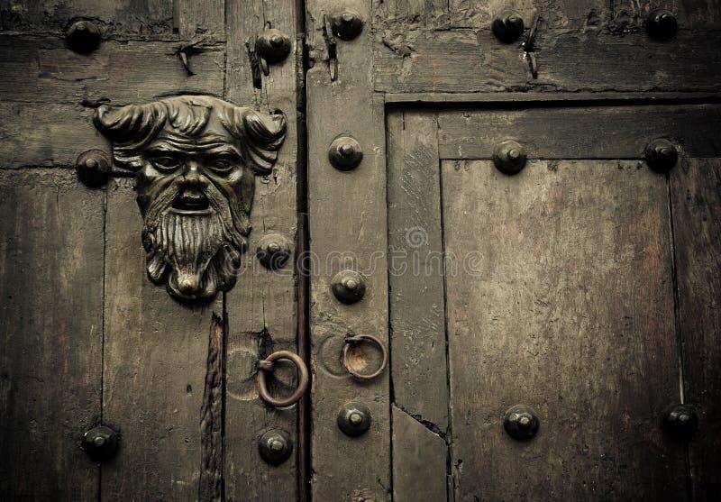Close-up de portas velhas Cartagena, Colômbia fotografia de stock