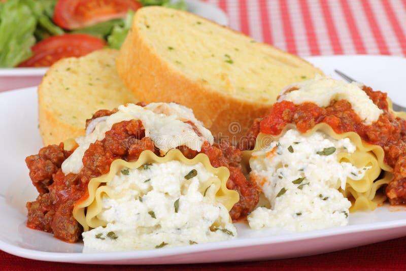 Close up de Rolls do Lasagna foto de stock