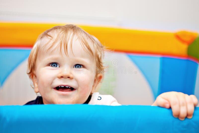 Close up de um bebê do ano imagem de stock
