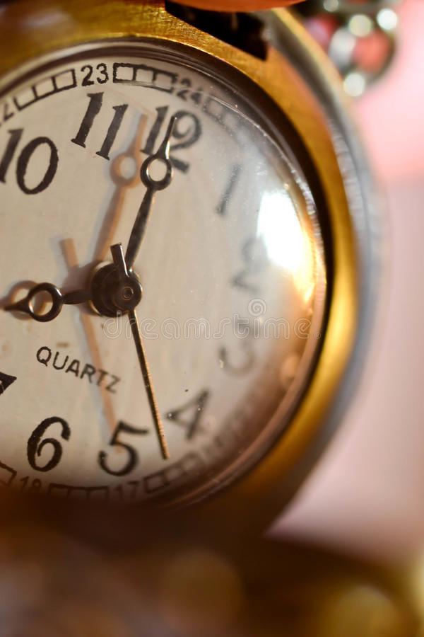 Close-up de um bolso-relógio foto de stock royalty free