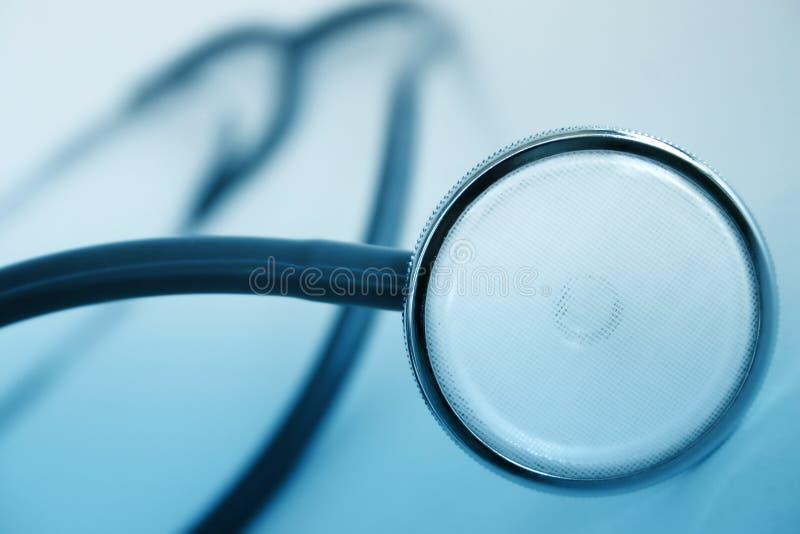 Close up de um estetoscópio foto de stock royalty free