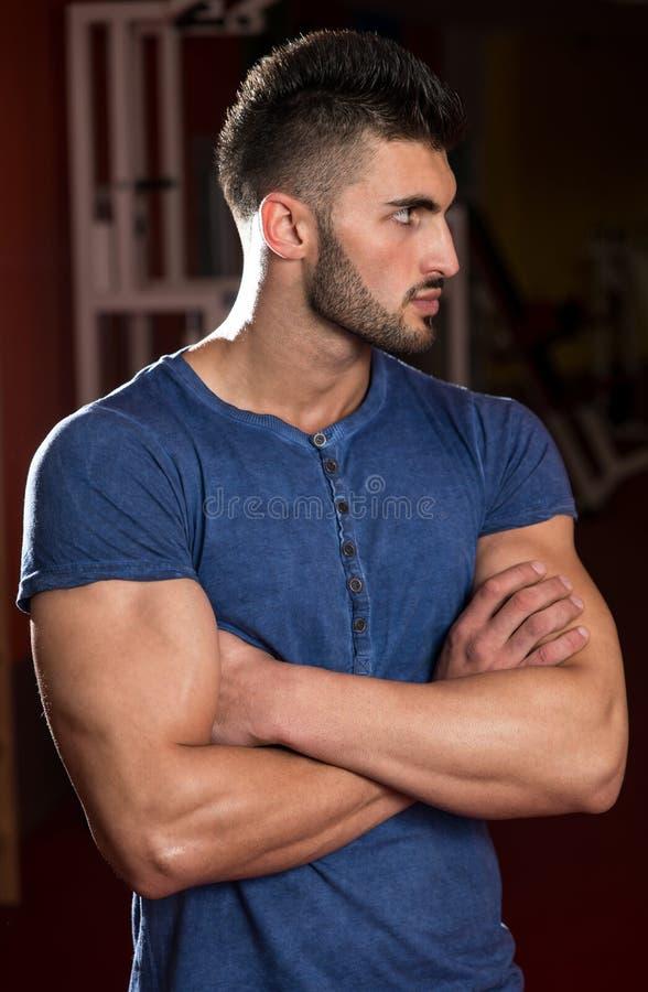 Close-up de um modelo masculino novo imagens de stock royalty free