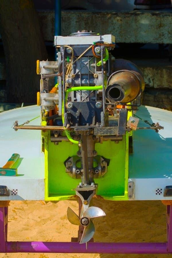 Close-up de um outboard para um barco de competência fotos de stock royalty free