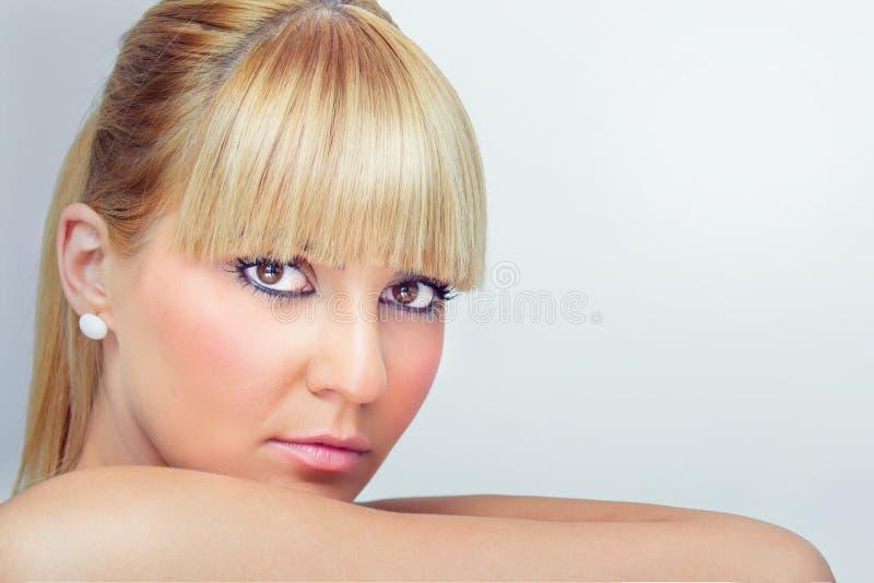 Close-up de uma mulher da beleza foto de stock