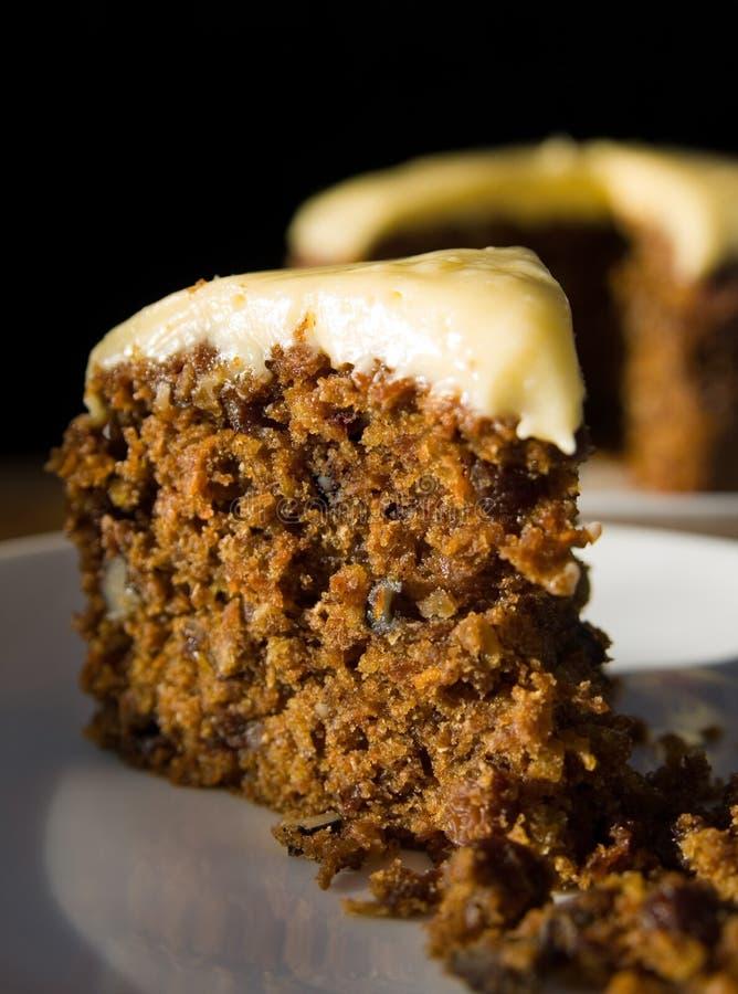 Close up de uma parte de bolo de cenoura foto de stock royalty free