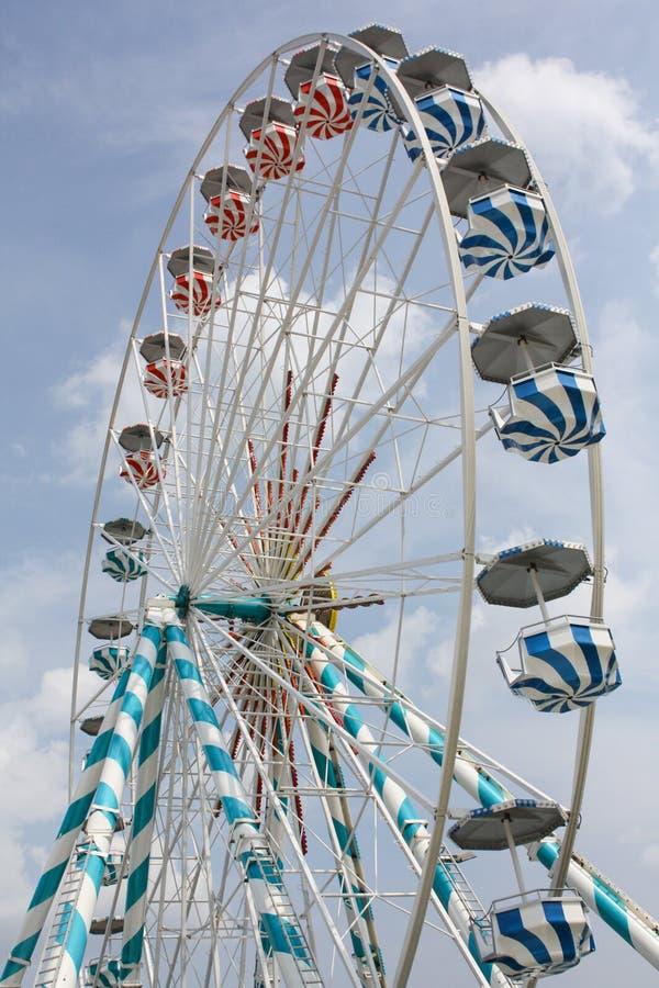 Close up de uma roda de ferris fotografia de stock