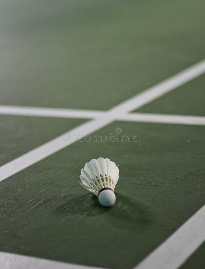 Close up detalhado de um shuttlecock do badminton foto de stock
