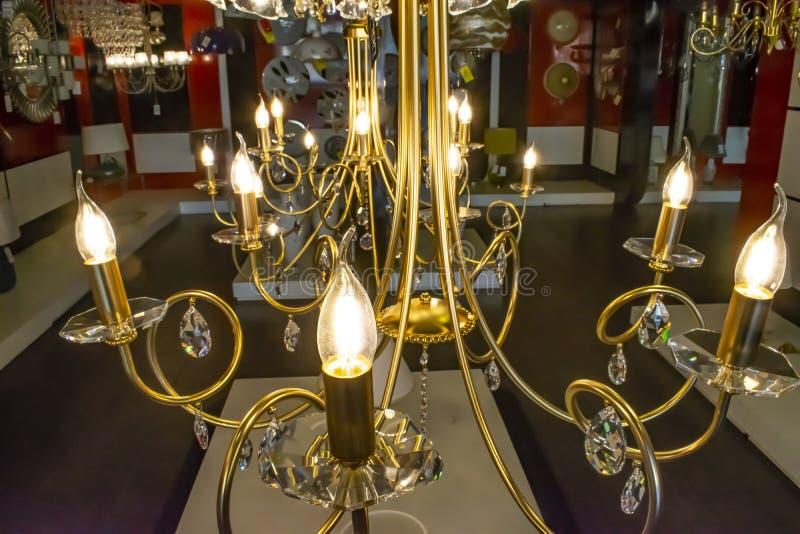 Close-up do candelabro de Chrystal Fundo do encanto com espaço da cópia foto de stock