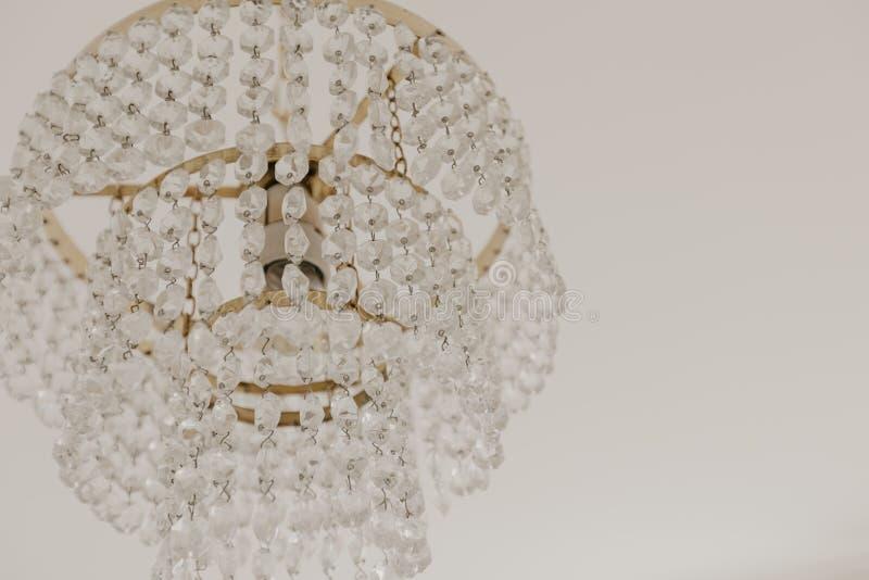 Close-up do candelabro de Chrystal Fundo do encanto com espa?o da c?pia imagem de stock