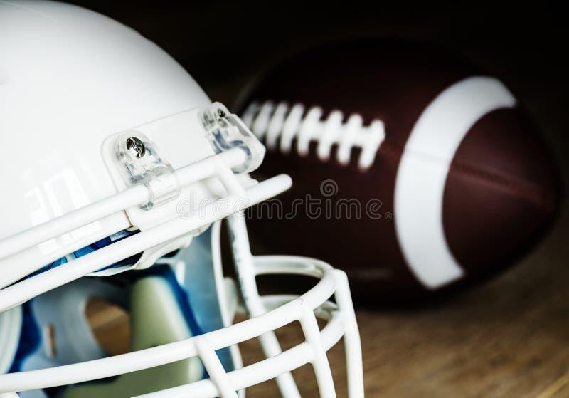 Close up do capacete de futebol americano imagem de stock