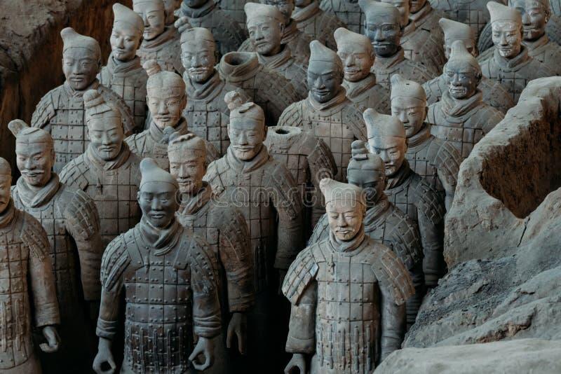 Close-up do exército famoso da terracota dos guerreiros em Xian, China imagens de stock royalty free