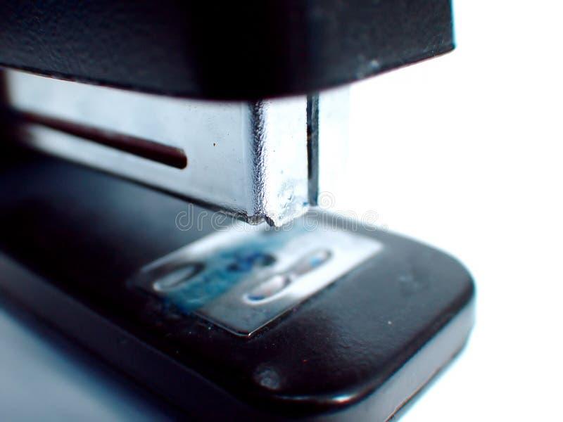 Close up do grampeador do escritório fotografia de stock