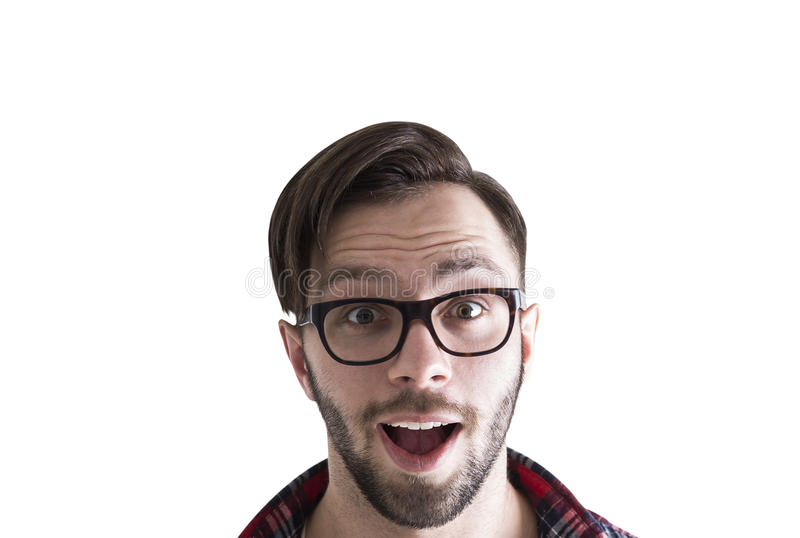 Close up do homem novo feliz surpreendido, isolado imagens de stock