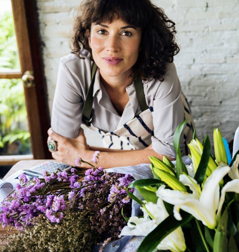 Close up do proprietário de florista fotos de stock royalty free