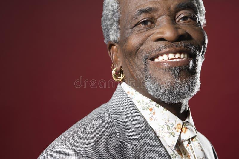 Close up do sorriso do homem superior fotos de stock