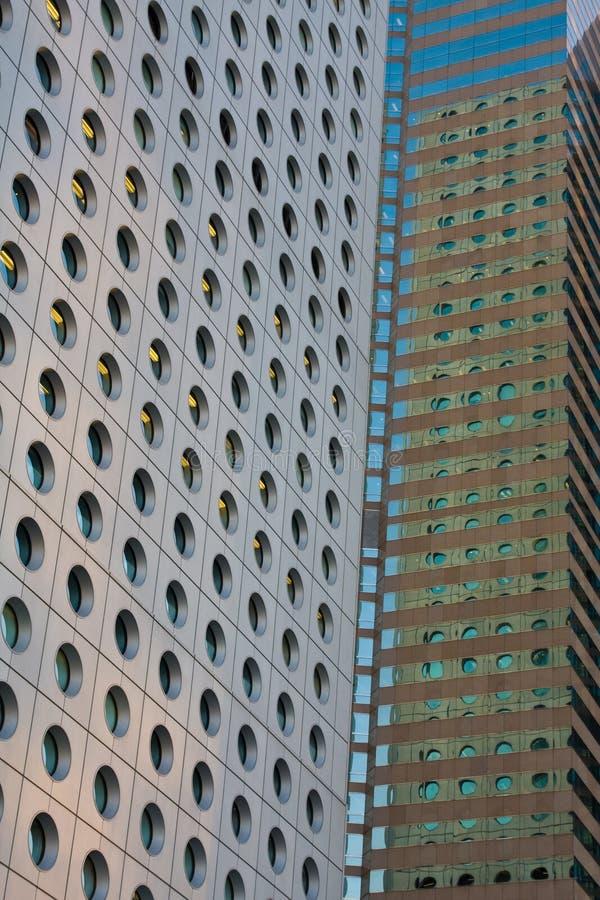 Close up dos prédios de escritórios fotografia de stock