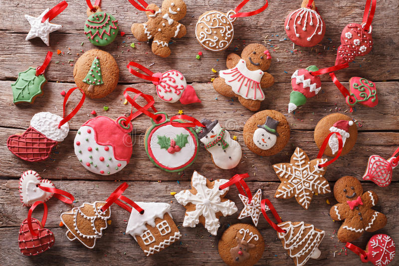 Close-up festivo das cookies do pão-de-espécie do Natal parte superior orizontal vi fotos de stock