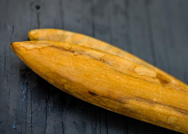 Close-up macro da extremidade de utensílios de madeira Textura altamente detalhada imagem de stock royalty free