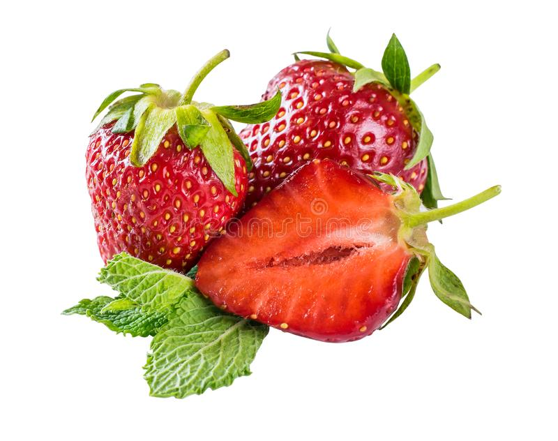 Close-up macrodieaardbeien op witte achtergrond worden ge?soleerd stock afbeelding