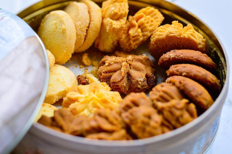 Close up of Mixed Flavor Cookies in Round Box royalty free stock photos